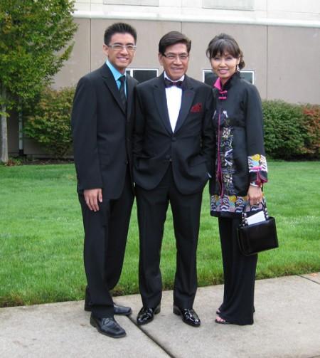 Gia đình Nguyễn Ngọc Ngạn