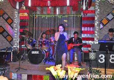 đào tạo ca sĩ