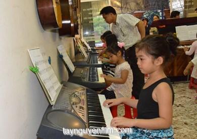 trung tâm học hát cho thiếu nhi
