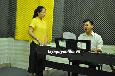Cty tây nguyên phim dạy thanh nhạc có uy tín không