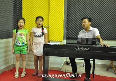 tại sao phải cho bé học thanh nhạc