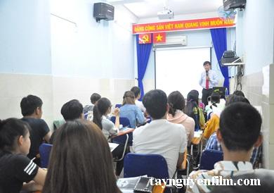 khóa học giao tiếp- kỹ năng thuyết trình