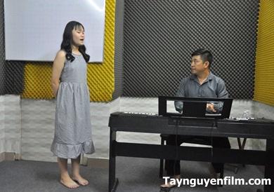 dạy học hát