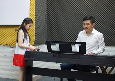 lớp học thanh nhạc cho trẻ em
