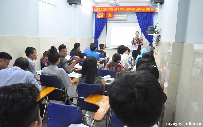 khai giảng khóa học kỹ năng giao tiếp tháng 6. 2020