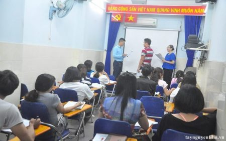 Lớp học thuyêt trình