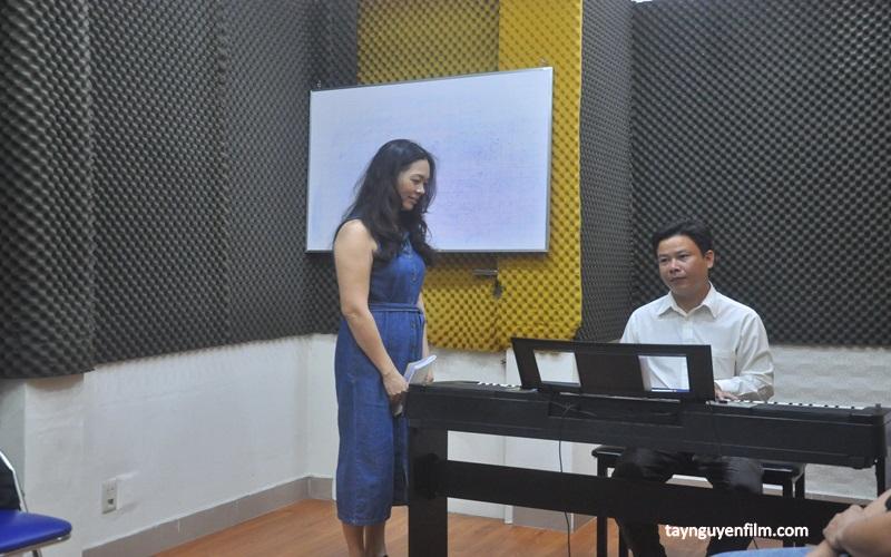 lớp dạy thanh nhạc tại quận 5
