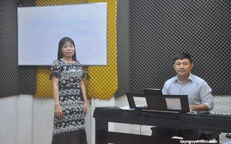 lớp học thanh nhạc cho người mới bắt đầu