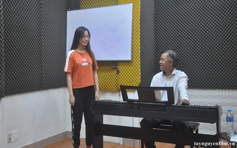 khóa học thanh nhạc online