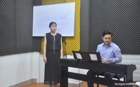 lớp học thanh nhạc cho người lớn tại tphcm