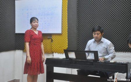 khoá học hát karaoke online hiệu quả nhất