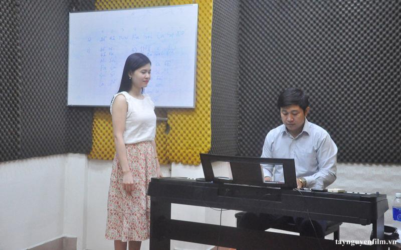 khoá học hát karaoke online