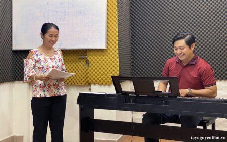 trung tâm dạy hát karaoke online hay